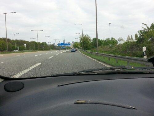 Die Einfahrt nach Frankfurt, hier mit dem Auto.